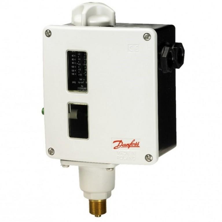 Реле давления RT для воздуха, газа и жидкостей c ручным или автоматическим сбросом Danfoss